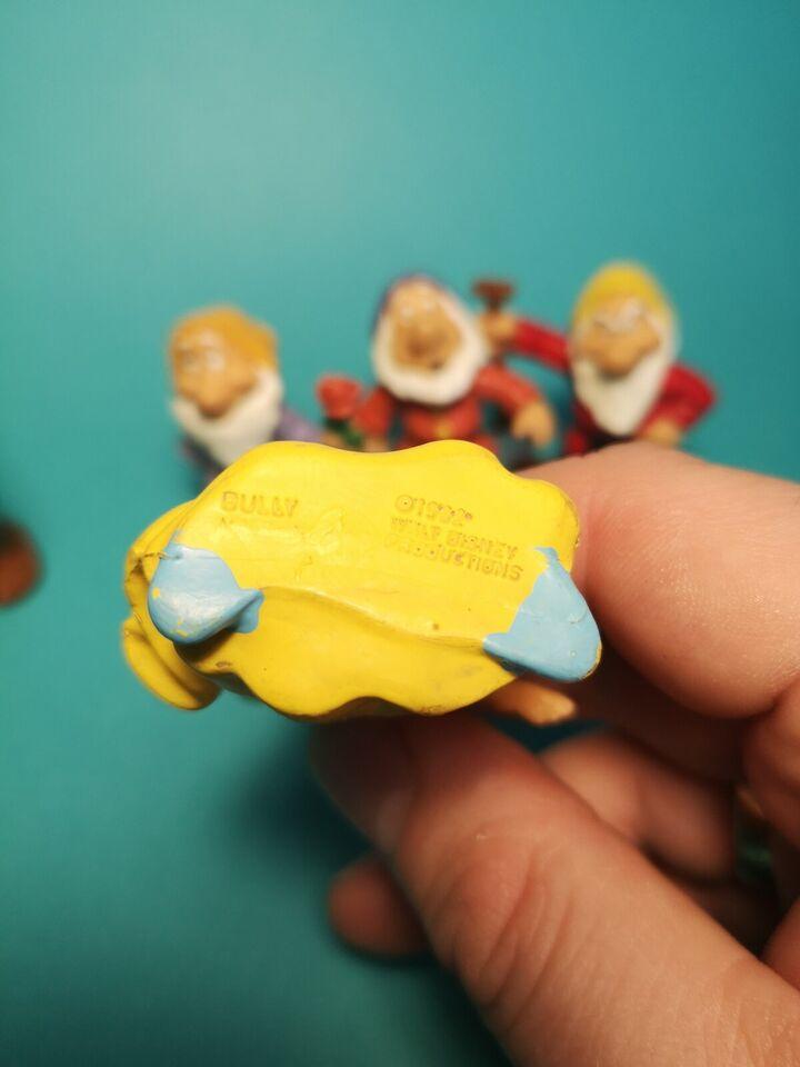 Snehvide og de syv små dværge , Bully