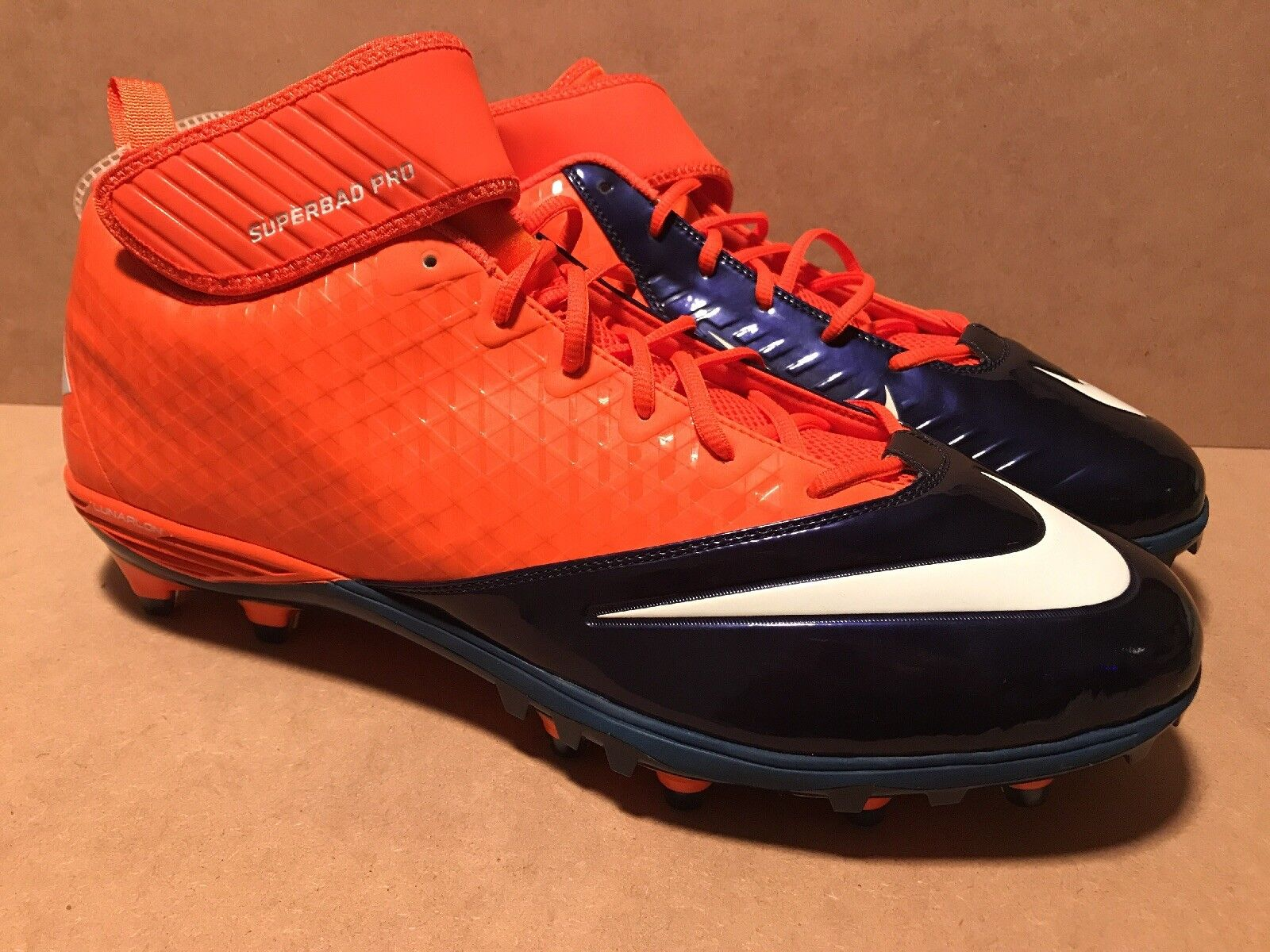 Men's Size 18 NIKE Lunarlon Superbad Denver Broncos Cleats Shoes 534994-810