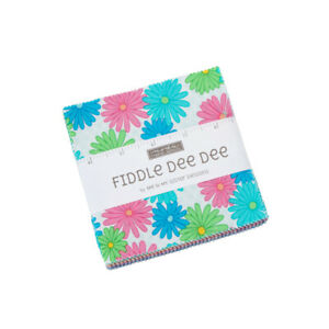 FIDDLE-DEE-DEE-42-5-INCH-SQUARES-CHARM-PACK-ME-amp-MY-SISTER-MODA-FABRIC-FLORAL