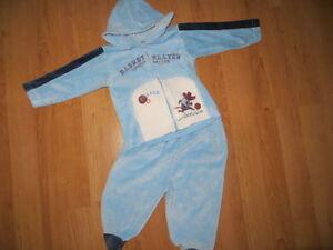 Superbe-jogging-2-pieces-bleu-et-blanc-pour-fan-de-basket-6-mois-COM-9