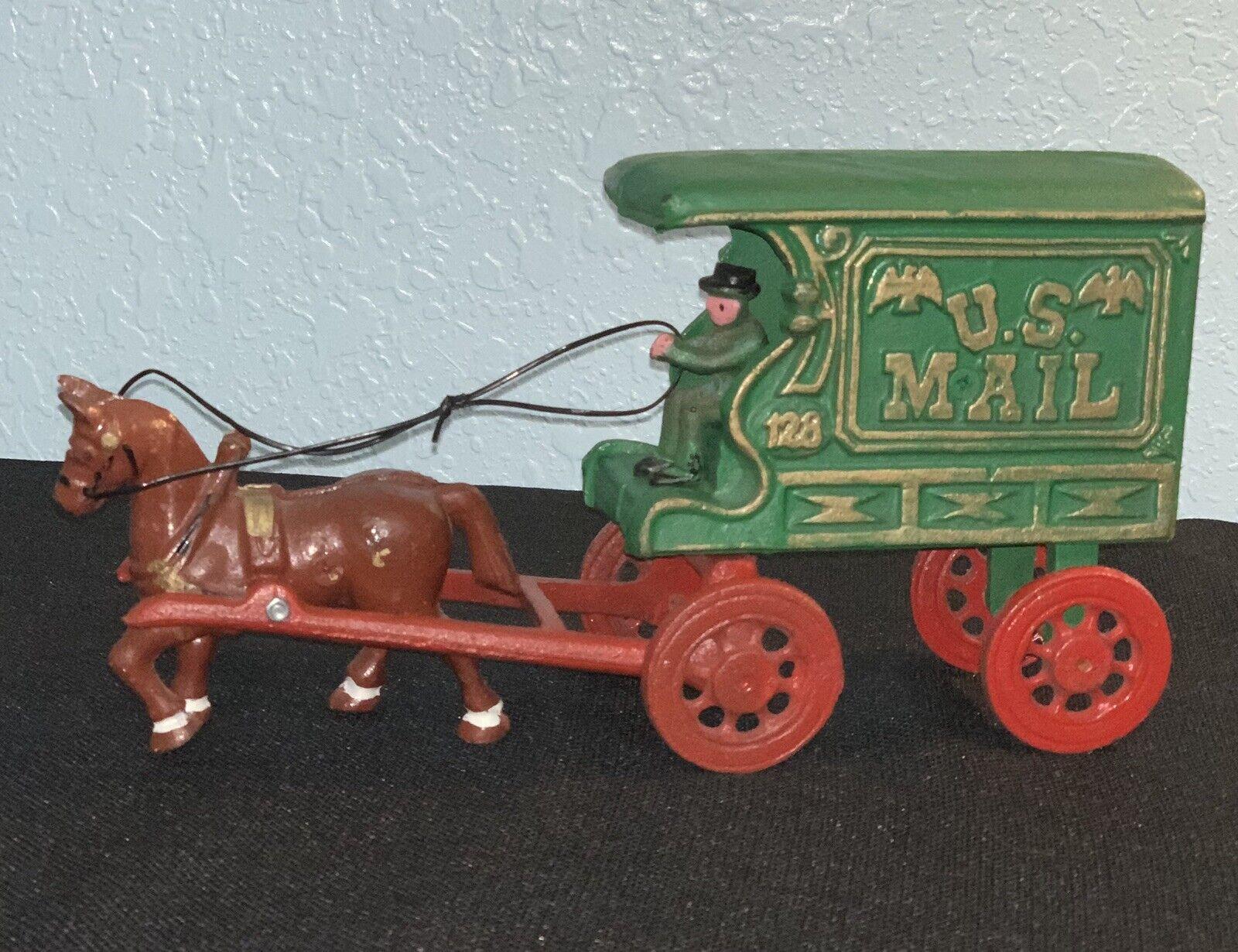 Caballo De Hierro Fundido Vintage Antiguo Hombre y Vagón correo camión usado en excelente condición del Balanceo De Ruedas