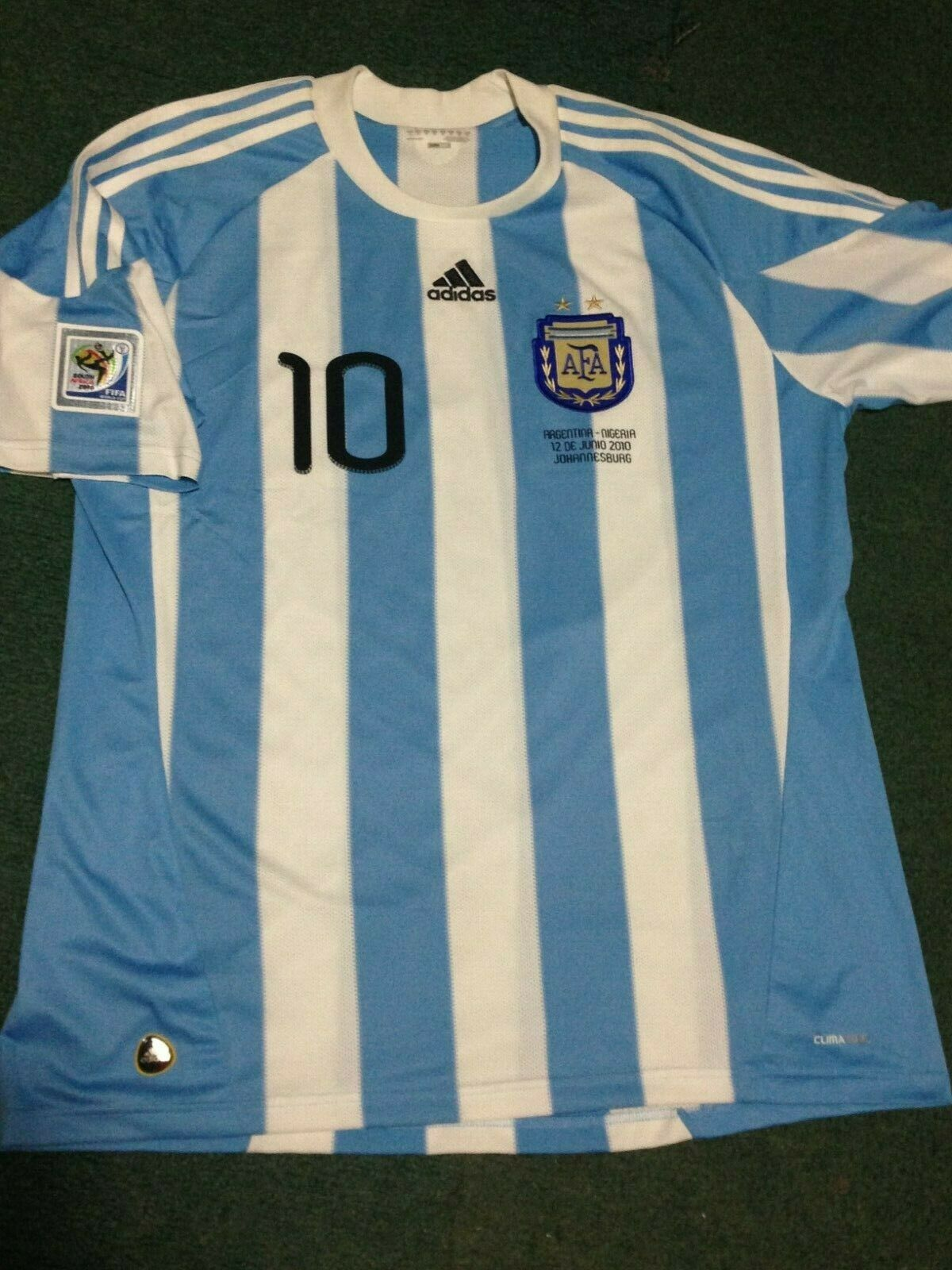 MESSI argentoINA WC 2010 MATCH DETAILS HOME JERSEY WORLD CUP COLLECTABLE