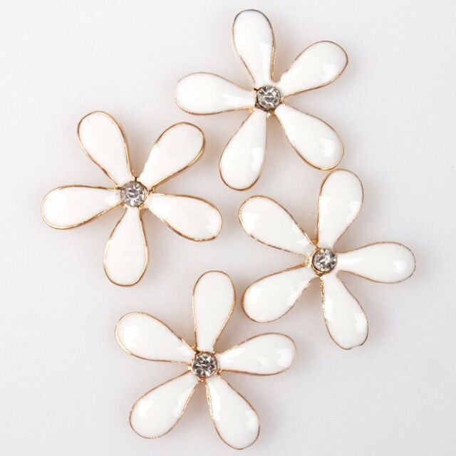 25pcs Retail Flower Style White Enamel Flatback Scrapbooking Embellishment Lots