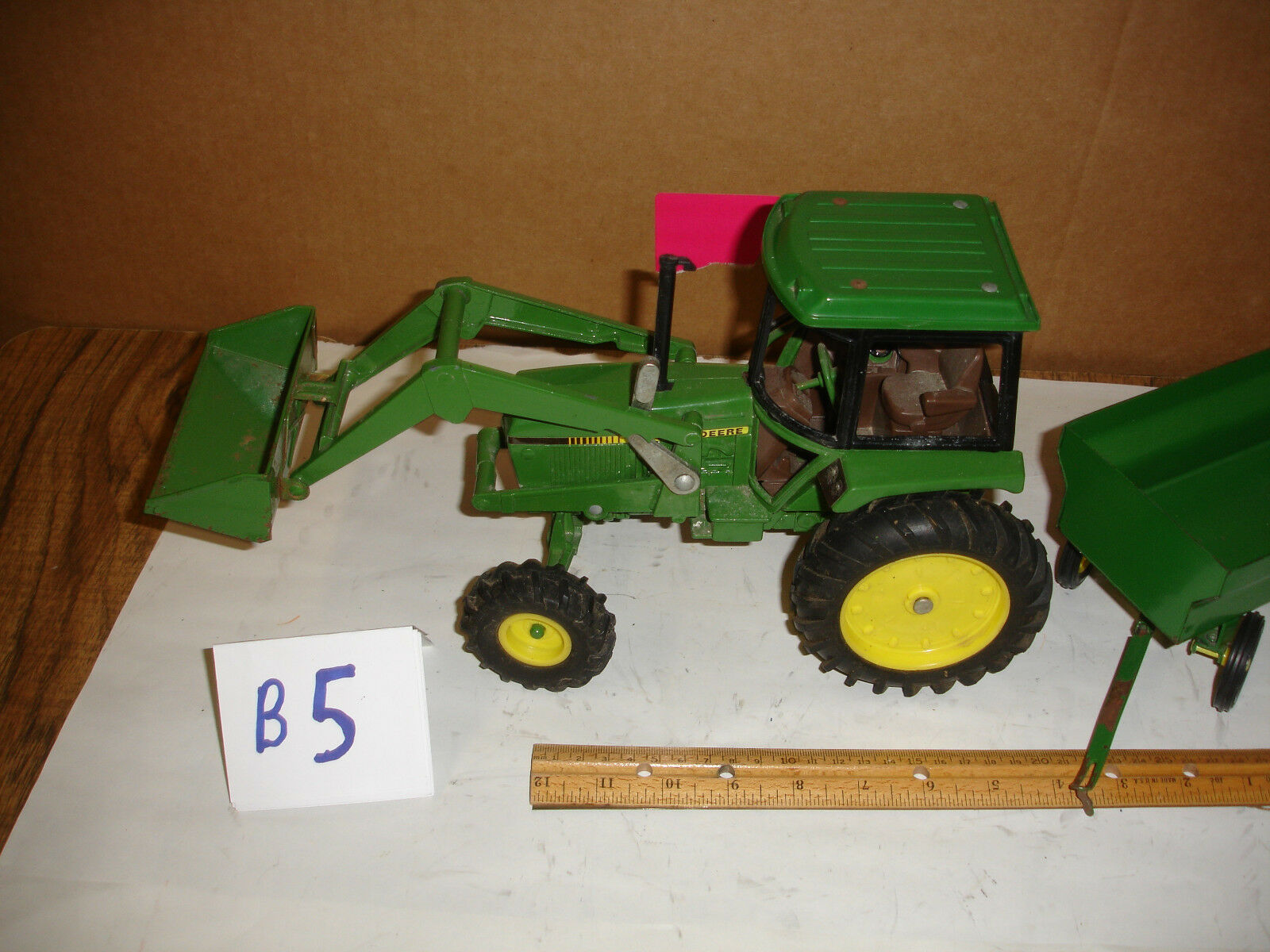 1 16  john deere 50 series loader and wagon