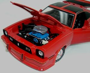 FORD MUSTANG 2 KING COBRA 1978 RED ORANGE GREENLIGHT COLLECTIBLES 12879 1//18