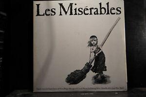 Claude-Michel-Schoenberg-Les-Miserables-2-LPs
