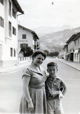 100218# Foto, Junge Mit Mutter Im Urlaub 058#