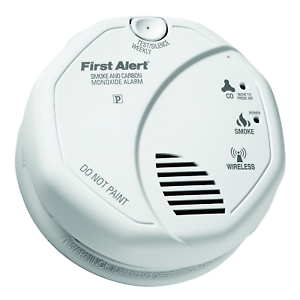 First Alert ZCOMBO 2-in-1 Smoke Detector /& Carbon Monoxide Alarm Z-Wave Combo