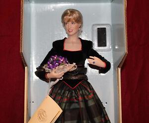 17-034-Diana-Princess-Of-Wales-Porcelain-Portrait-Doll-By-Franklin-Mint-NIB