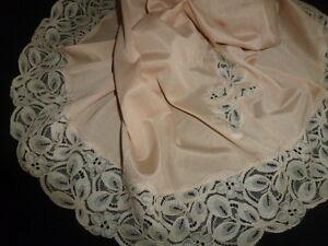 Intimates & Sleep Dynamic Jolie Combinaison&fond De Robe Vintage Jolie Dentelle Taille 40 Ref Cha22