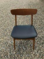 Spisebord mstole, Træ, Spisebord i teak træ med