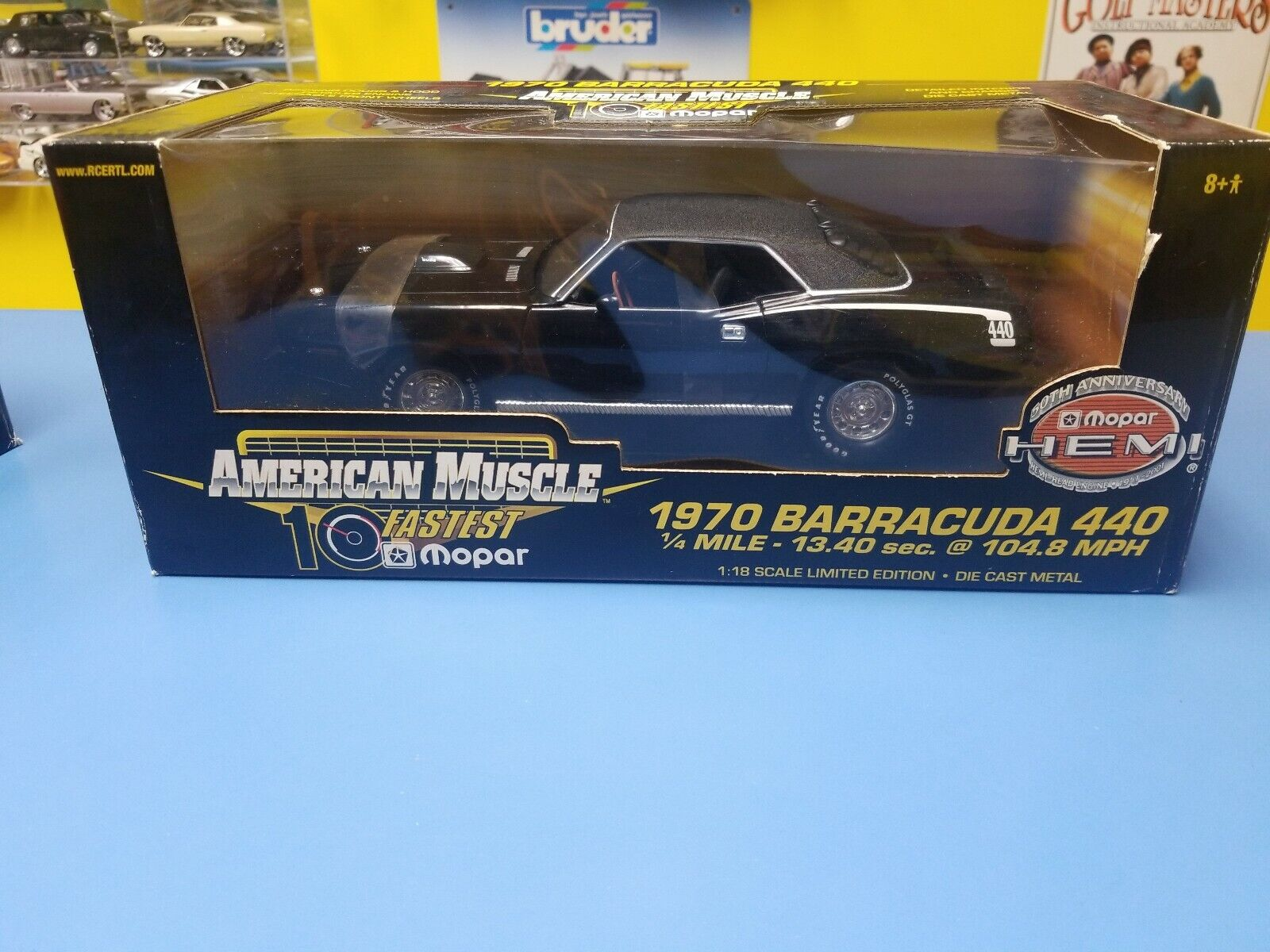 ERTL American Muscle 1970 Barracuda  Noir  New