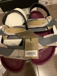 Burberry-Toddler-GIRL-Camouflage-Leather-sandal-SZ-24-EU-8-US-NEW-IN-BOX