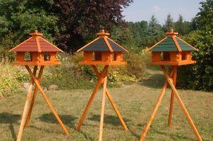 XXL-Futterhaus-Vogelhaus-Holz-mit-Staender-waehlbar-verschiedene-Dachfarben-V20