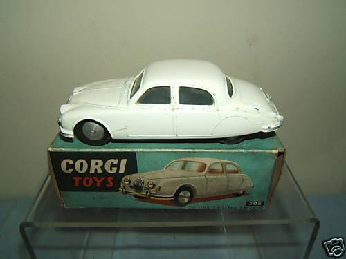 Corgi Toys Modelo No.208  Jaguar 2.4 Saloon  VN MIB