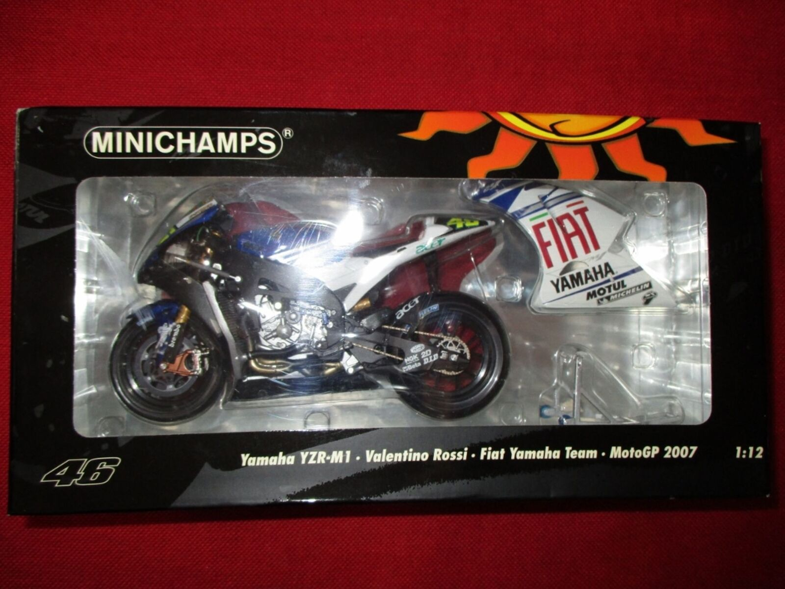 Minichamps ® 122 073046 1 12 YAMAHA yzrm1 V. ROSSI FIAT YAMAHA squadra MOTOGP 2007