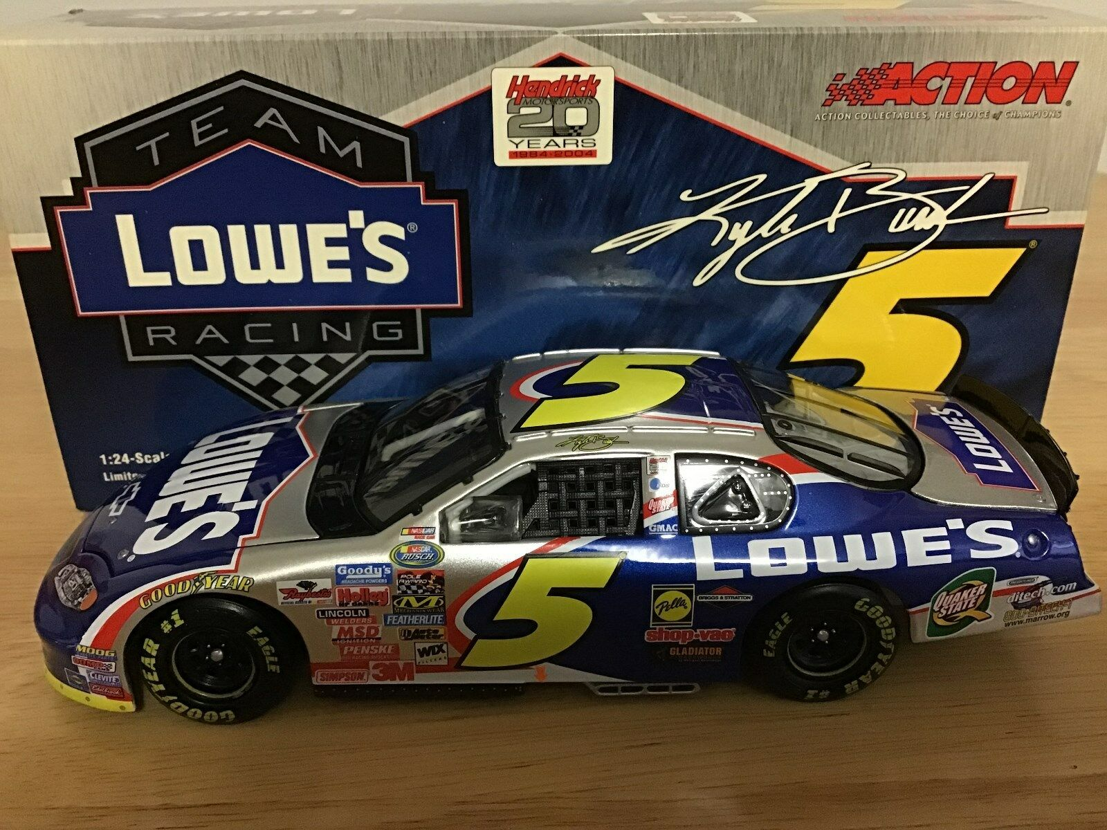 2004 Kyle Busch Lowes Chevrolet Monte Carlo Busch Series Rookie Car 1 24