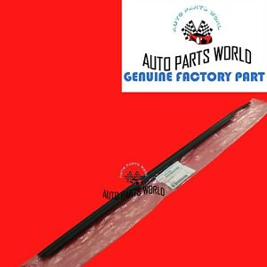 GENUINE TOYOTA SEQUOIA TUNDRA OUTER RH FRONT DOOR GLASS WEATHERSTRIP 68160-0C020