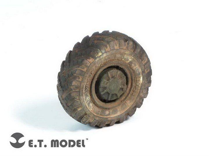 ET Model ER35025 1 35 Russian BTR-60P APC Weighted Wheels (8 pcs)