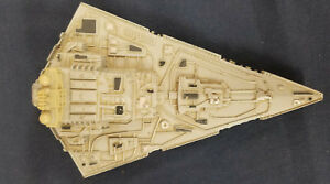 Star-Wars-Empire-Strikes-Back-Die-Cast-Vehicle-Star-Destroyer-Kenner-1979