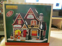 Lemax Village Collection Twin Peaks Apres-ski 25368 Lighted