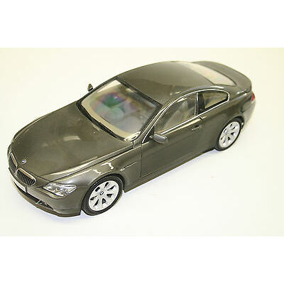MODELLAUTO 1 : 18: BMW 6er SERIE COUPÉ, graugrün, KYOSHO, TOP! 051