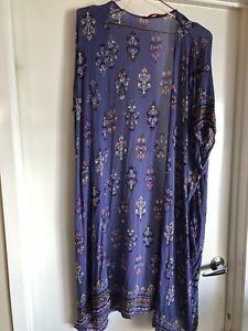 Tigerlily-Hydra-Cornflour-Kimono-Size-Small