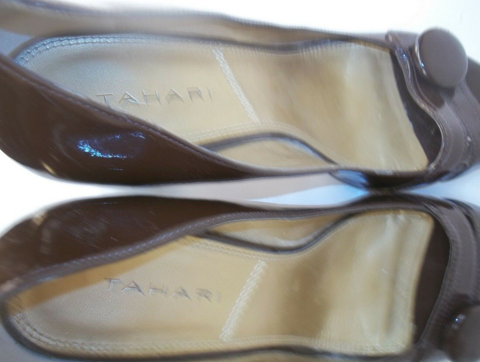 Tahari US MAC Wos Pumps Heels US Tahari 9M Braun Vegan Slip-On 067f34