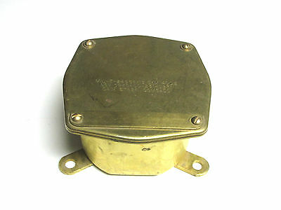 "Comsaco Brass Junction Box Cat# MIL-T-24558//18 SYM 400.2 YH-463 5/"" . * NEW.."