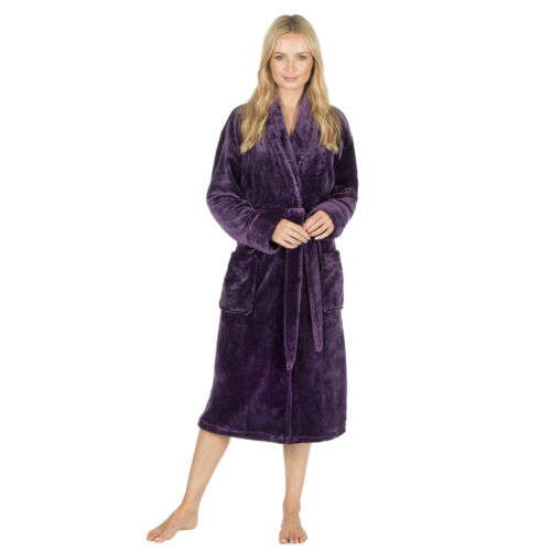 NEW Ladies Forever Dreaming Robe Dressing Gown Gift Nightwear Lounge Winter Cosy