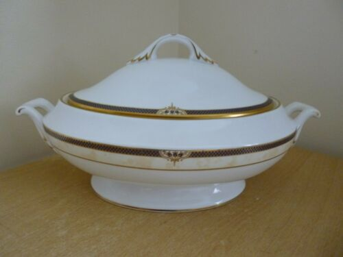 Y8600-V Spode Avignon Lidded Vegetable Bowl or Tureen