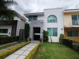 Casa en Venta/ Renta en San Antonio de Ayala.