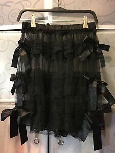 Fairyfair-Tiered-Black-Lace-Skirt-With-Bows-Size-10