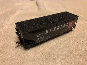 Kadee-Ho-scale-Reading-Railroad-50-ton-Hopper-car-RDG-86008