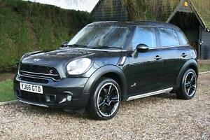 Mini-COUNTRYMAN-COOPER-S-ALL4-HUGE-SPEC-FMSH-Immaculate-car