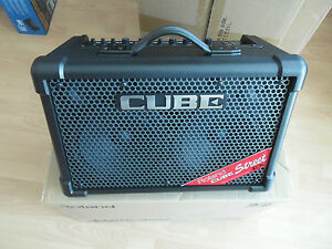 ROLAND-CUBE-STREET-EX-25-50-AMPLIFICATORE-per-chitarra-con-effetti-nuovo