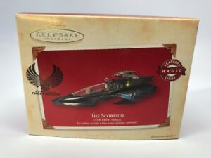 Hallmark-KEEPSAKE-ORNAMENT-2003-The-Scorpion-Star-Trek-Nemesis-Magic-Light-NEW
