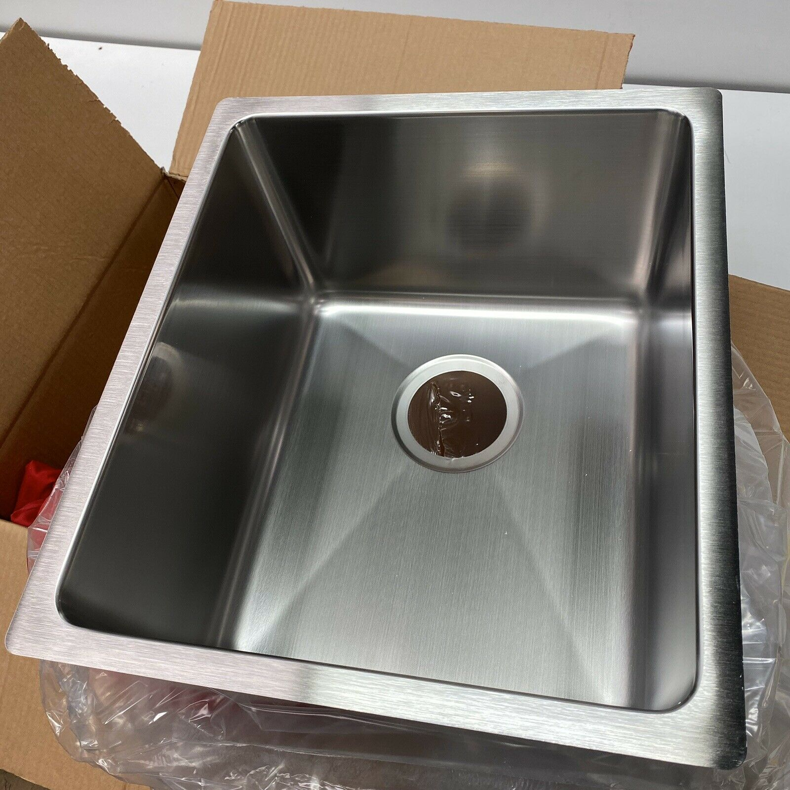 "Ukinox R 340.9 Undermount 15"" Single Bowl Stainless Steel Sink 18 Gauge  *NEW*"