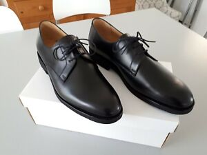 chaussures noires en cuir  taille : 43 - 8  NEUF