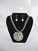 Fashion Jewelry Contemporary Butterfly Shell Necklace & Earring Set