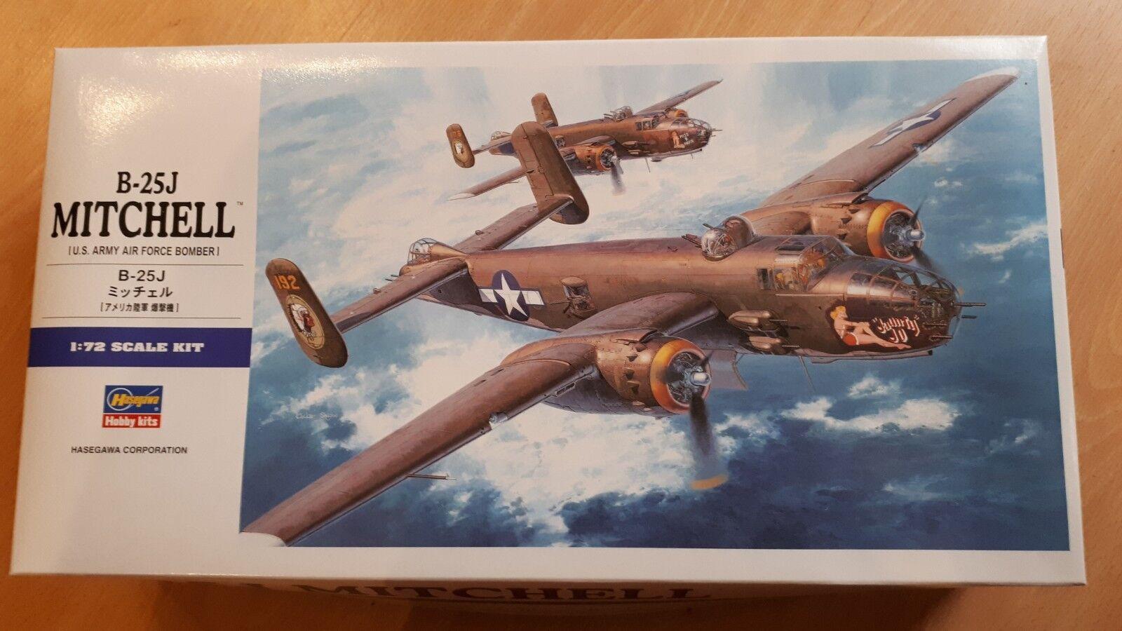 HASEGAWA 1 72 US ARMY AIR FORCE B-25J MITCHELL BOMBER