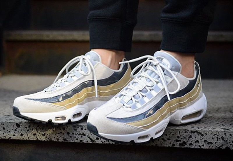NIKE AIR MAX 95.SIZE UK-4_4.5_5_5.5_7  Cheap and fashionable