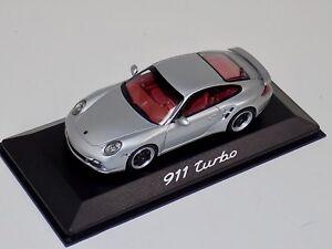 Turbo 1990 silver 1:43 Minichamps Porsche 911 964