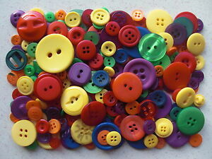Bright-coloured-buttons-mixed-sizes-100-grams