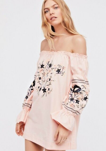d6f14425dd30 FREE PEOPLE Fleur Du Jour Embroidered Mini in Pink Size Small $148 NWT  OB613765