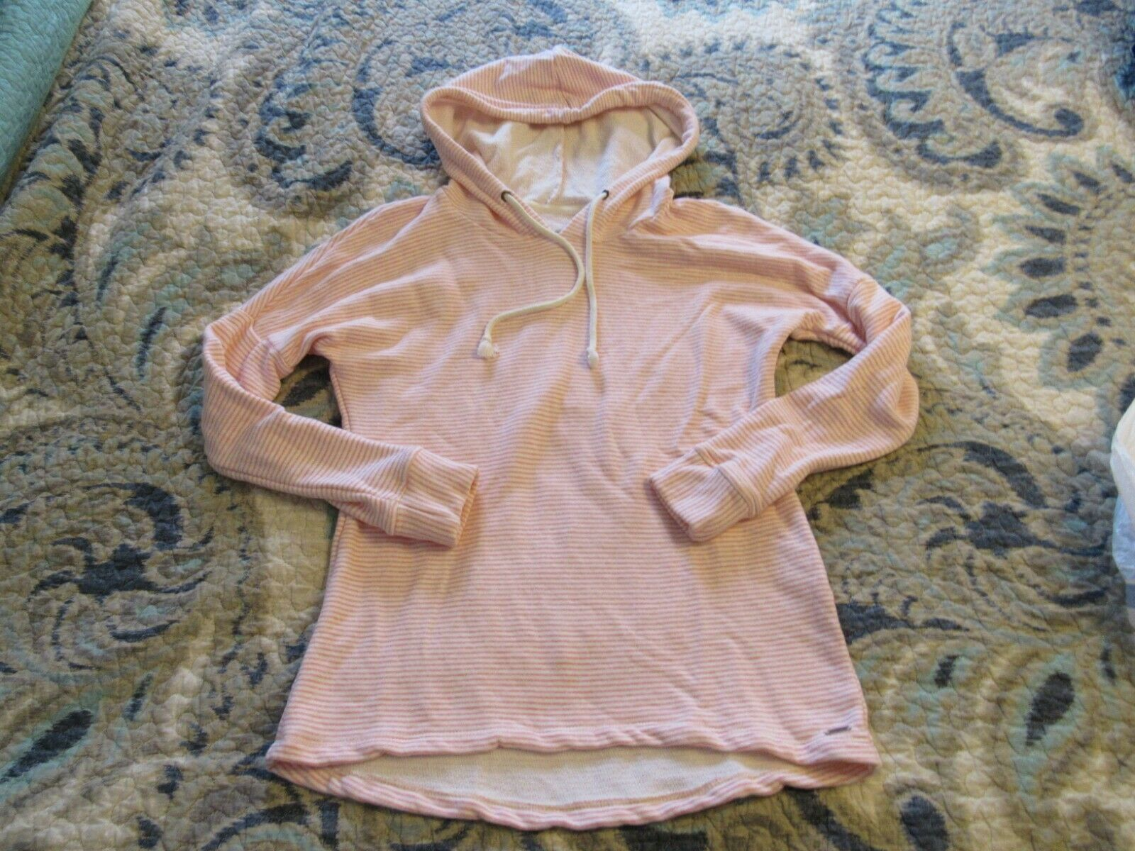 O'Neill Size S, Small White with Pink Stripes 100% Soft Cotton Hoodie Sweatshirt