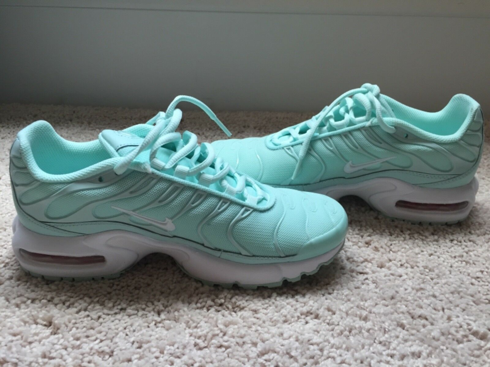 Womens bluee nikes shoes 7.5