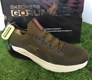 Mens Skechers Size 7. Go Run Air