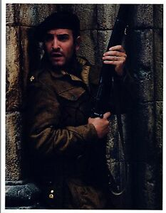 Jean-Dujardin-Signed-Autographed-8x10-Photo-The-Artist-COA-VD