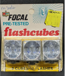 Focal Flash Cubes 3 Cubes 12 Flashes Vintage Flashcubes